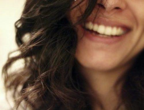 Curly Girl Methode – So einfach bekommst du schöne Locken